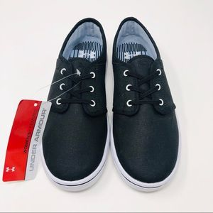 New Under Armour Sz 7 9 Sneaker Shoes Black NWT